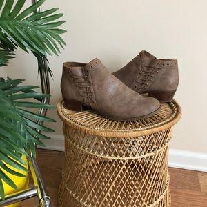 Minnetonka VTG Brown Breanna Leather Ankle Boot 10